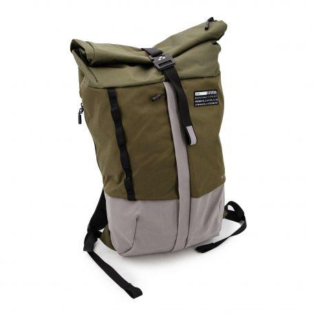 Sac à dos technique 921158-86v latch back pack1 OAKLEY marque pas cher prix dégriffés destockage