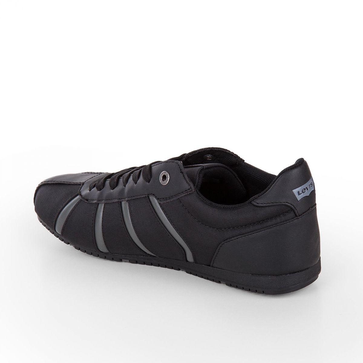 baskets sneakers noir homme levis prix d griff. Black Bedroom Furniture Sets. Home Design Ideas