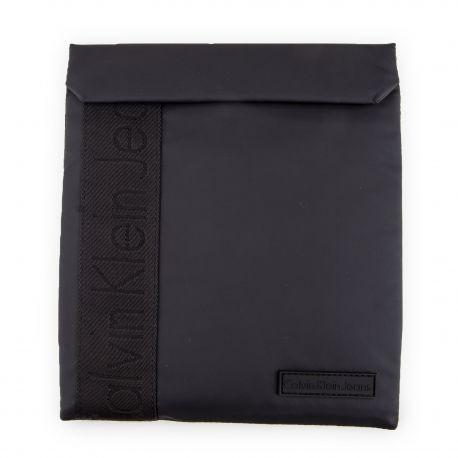 Pochette tablette CALVIN KLEIN marque pas cher prix dégriffés destockage