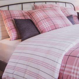 Parure en flanelle housse de couette rose à carreaux 240x220 cm / Taies 65x65cm OLIVIER STRELLI marque pas cher prix dégriffé...